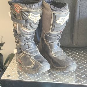 Youth Size 2 Fox Comp 5 Riding Boots